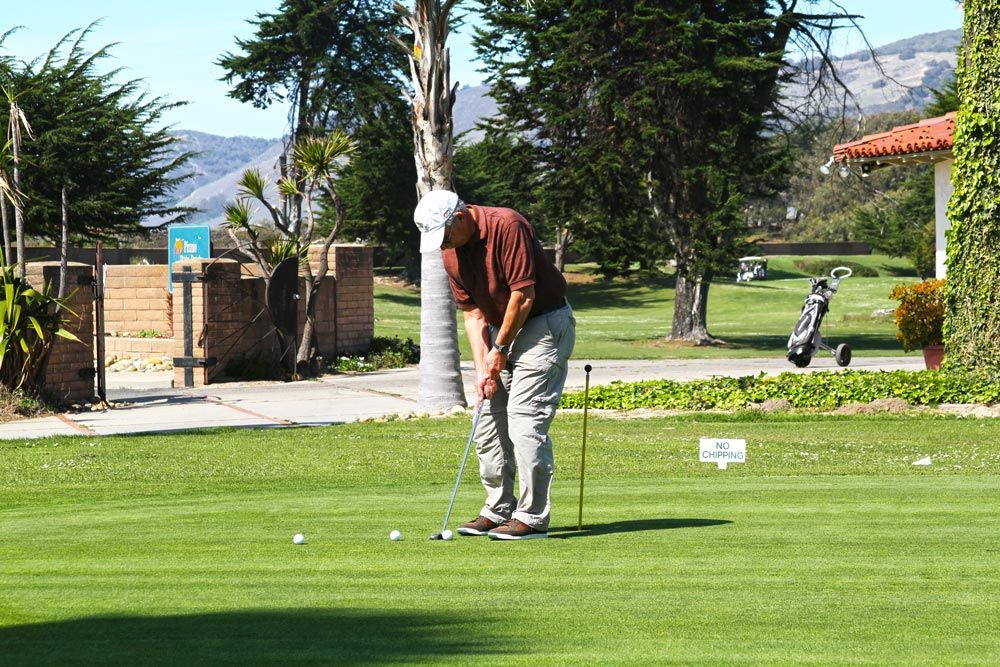 Book your site at Le Sage Riviera RV Park in Grover Beach on your next golfing trip.